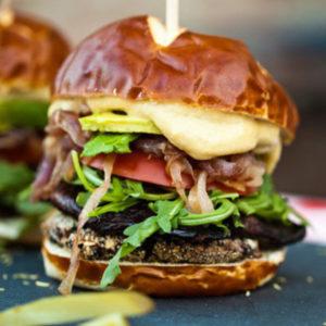 one_green_planet_smoky_portabello_burger_vegan_recipes_meatlovers_lifesum